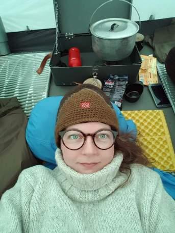 Villapaita tuntui luksukselle teltassa.