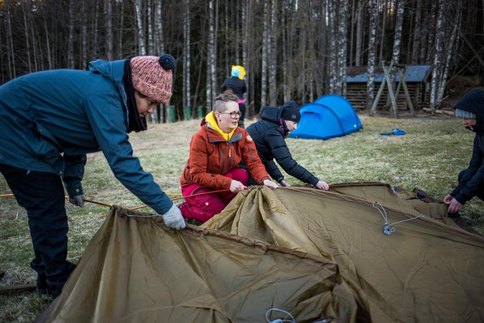 Naisten_Retkeilykurssi_Nuuksio_13-140517-218